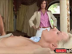 Milf busted dude fucking her stepdaughter Jessie Volt